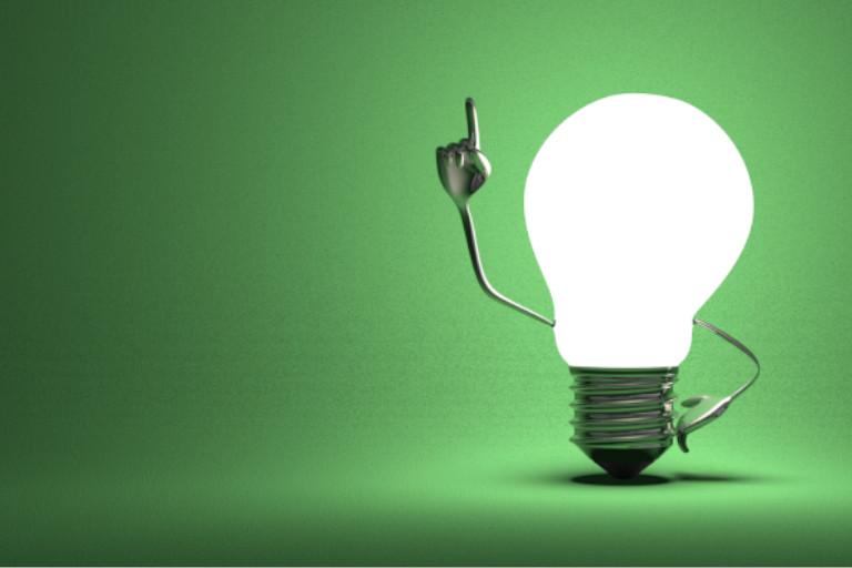 Profitier: Glühbirne mit der Aha-Pose
